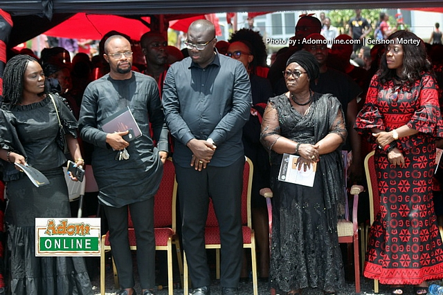 Ebony's final funeral rites at State House (154)