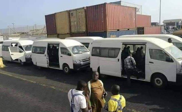 Freddie Blay buses