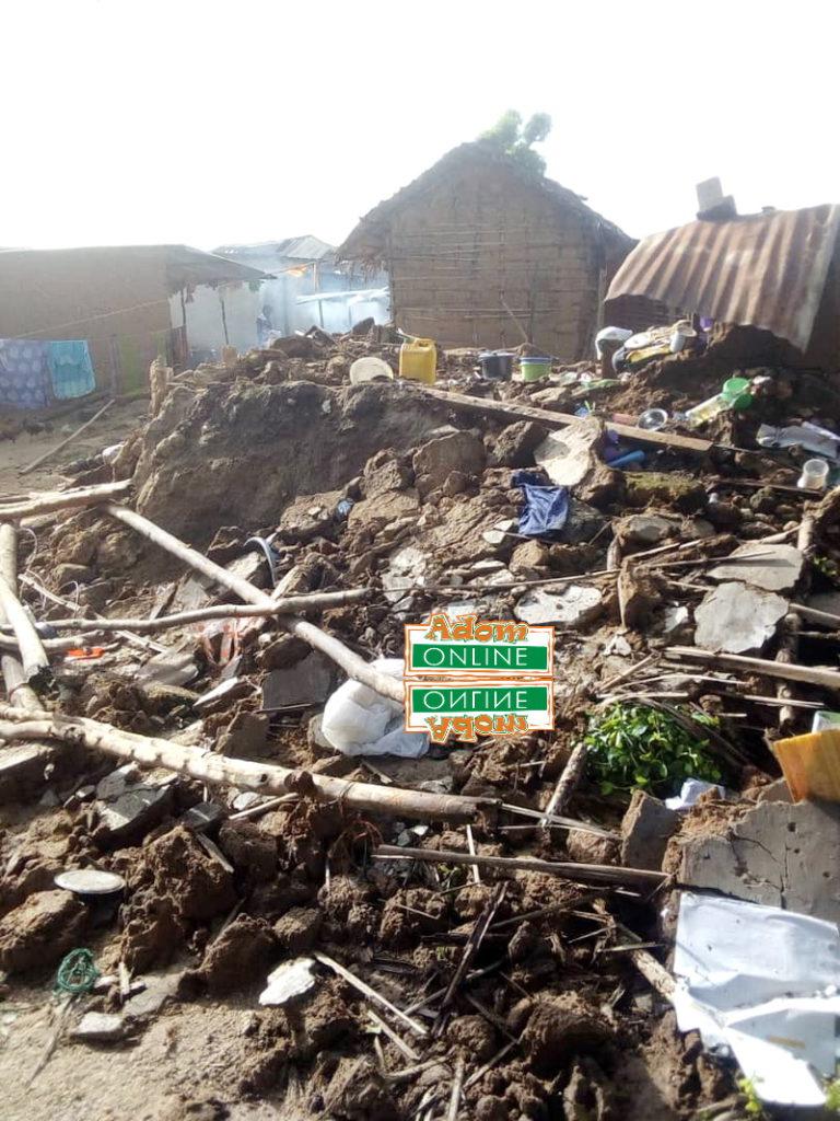 Collapse building kills man
