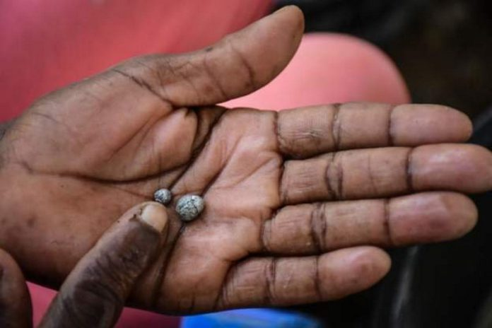 The abandoned mine attracted people hoping to find the precious metal