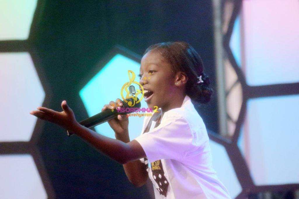Grace Adom Sarkodie performs 'Odo Ho AkyereNoa' by Amakye Dede at Nsoromma 2019
