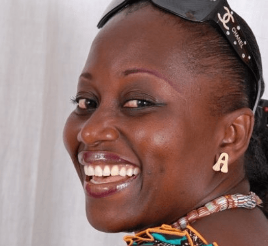 Photo of Akumaa Mama Zimbi without unique headgear
