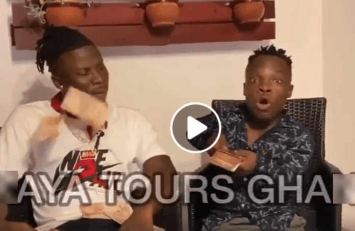 Dancehall artiste Stonebwoy was spotted having a good time with social media sensation Shatta Bundle.