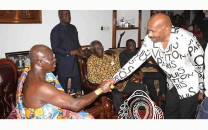 Photo: Steve Harvey meets ex-president Kufuor, Asantehene Otumfuo