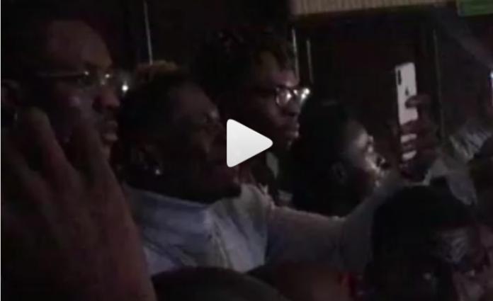 Shatta Wale jams to Samini's song at Obrafour's Pae Mu Ka concert
