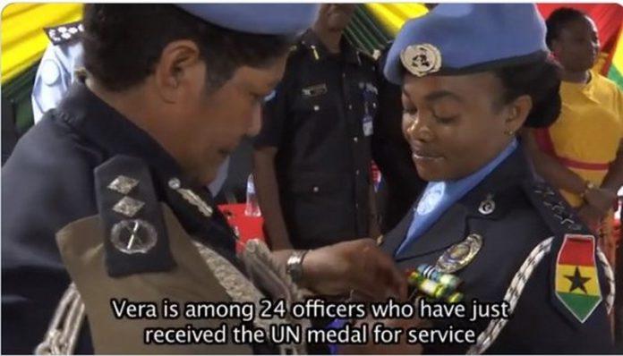 police officers get UN medal