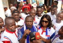 Alexander Akwasi Acquah says the decision to enter into politics is not to enrich himself but to serve the people of Akyem Oda.