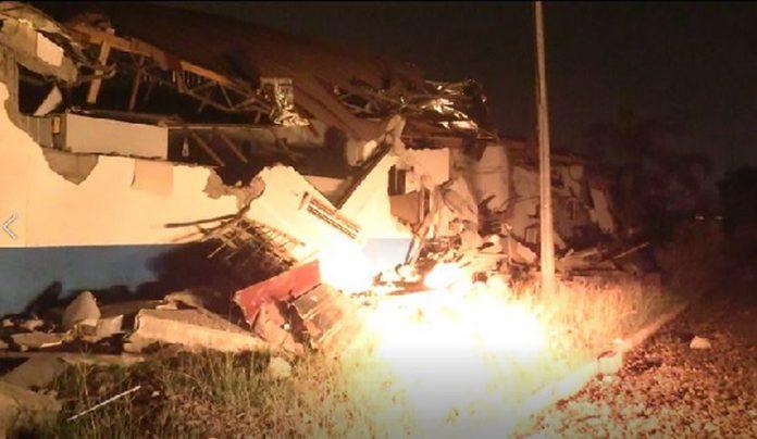 Midnight demolition at Trade Fair
