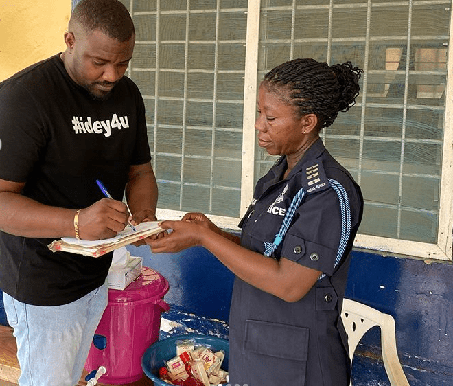 John Dumelo has donated detergents, soaps, gloves and other items to five police stations in Ayawaso West Wuogon | Photo: @johndumelo1/ Instagram