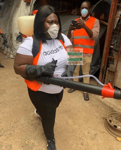 Municipal Chief Executive (MCE) for Ayawaso West, Hon. Sandra Owusu-Ahinkorah leads team to fumigate markets