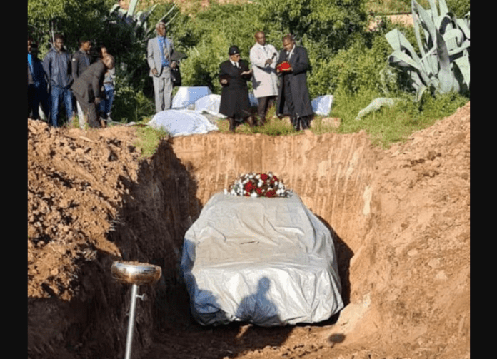Apparently, two years ago Tshekedi Pitso shocked his family when he told them he wanted to be buried inside his favourite car.
