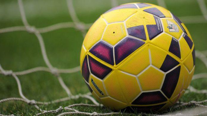 Female footballer beats up female referee [Photos] 4