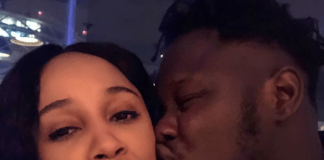 Medikal gives Sister Derby a peck on the cheeks