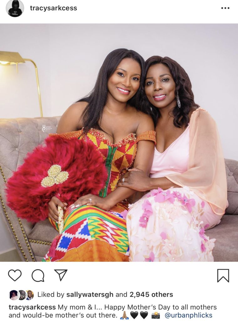 Wife of rapper Sarkodie, Tracy Sarkcess posted a photo shot by urbanphlicks on her Instagram page. She even extended her gesture beyond mothers to would-be mothers.
