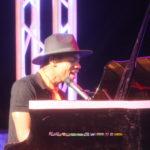 Kidi plays piano at 3Music Awards