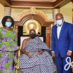 Mahama, Jane Naana Opoku-Agyemang poses with Otumfuo
