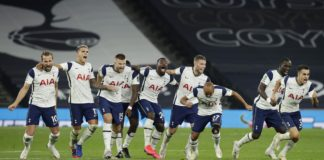 TOTTENHAM HOTSPUR PLAYERS CELEBRATE FOLLOWING THEIR TEAM'S VICTORY IN IN THE PENALTY SHOOT OUT AND THEREFORE WINNING DURING THE CARABAO CUP FOURTH ROUND MATCH BETWEEN TOTTENHAM HOTSPUR AND CHELSEA AT TOTTENHAM HOTSPUR STADIUM ON SEPTEMBER 29, 2020 IN LOND IMAGE CREDIT: GETTY IMAGES