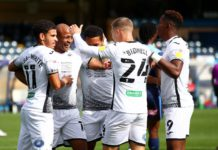 Andre Ayew celebrates with teammates