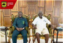 Asante Kotoko CEO and former President of the Republic of Ghana, John Agyekum Kuffour