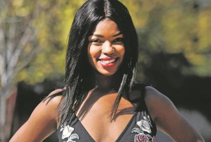 Thandeka Mdeliswa, 27