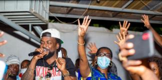 Samini joins Ursula Owusu to campaign in Dansoman