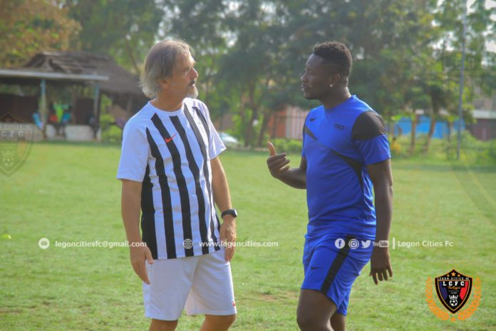Asmaoah Gyan with Legon Cities coach
