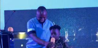 Mzbel's son wins award