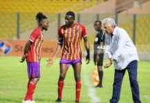 Kosta Papic instructing Hearts of Oak players against Dreams FC