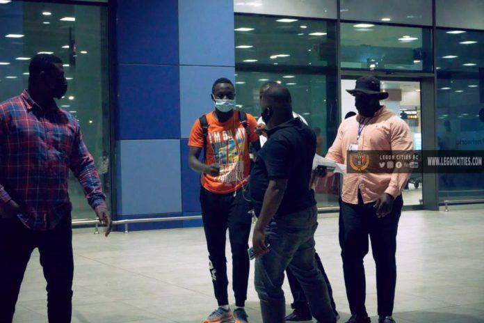 Victorien Adebayor with Legon Cities officials at KIA