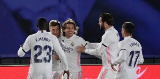 """Real Madrid's German midfielder Toni Kroos (2L) celebrates with teammates after scoring during the """"El Clasico"""" Spanish League football match between Real Madrid CF and FC Barcelona at the Alfredo di Stefano stadium in Valdebebas, on the outskirts of Madrid Image credit: Getty Images"""