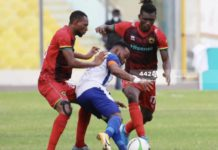 Gladson Awako closed down by Asante Kotoko players