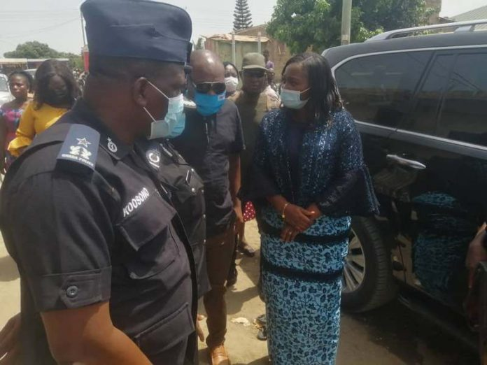 Central Regional Minister, Justina Marigold Assan and the Central Regional Commander, Habiba Akyere Twumasi-Sarpong just arrived at the family house of the deceased (Kasoa killing)
