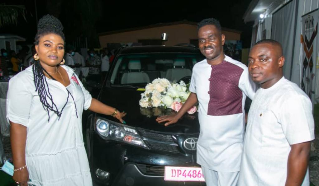 Yaw Sarpong receives new car from his manager, Nana Kobo