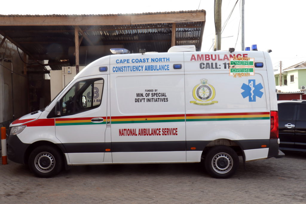 Ambulance driver takes risk to save dying patient abandoned by family