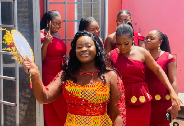 Wife of Dr Pounds and her bridesmaids