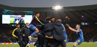 GLASGOW, SCOTLAND - JUNE 29: Artem Dovbyk of Ukraine (obscured) celebrates with team mates after scoring their side's second goal during the UEFA Euro 2020 Championship Round of 16 match between Sweden and Ukraine at Hampden Park on June 29, 2021 in Glasg Image credit: Getty Images