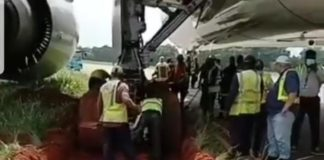 Scary moment airplane got stuck after skidding off runway