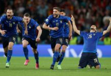 Soccer Football - Euro 2020 - Semi Final - Italy v Spain - Wembley Stadium, London, Britain - July 6, 2021 Italy players celebrate after winning the penalty shoot-out Pool via REUTERS/Carl Recine