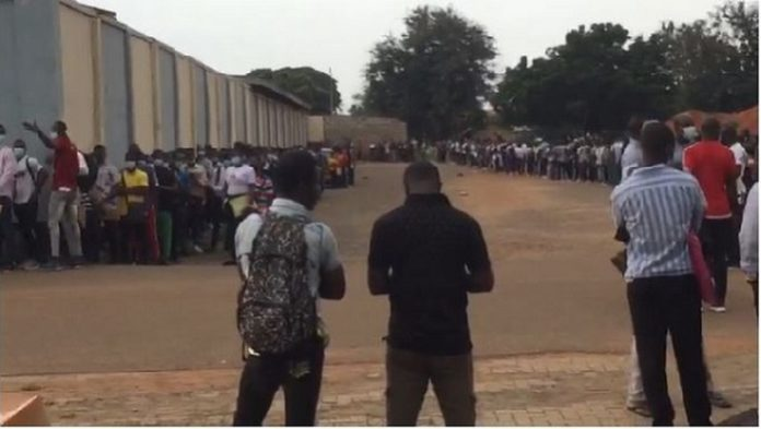 Thousands que for Ghana Armed Forces job at the EL-Wak stadium